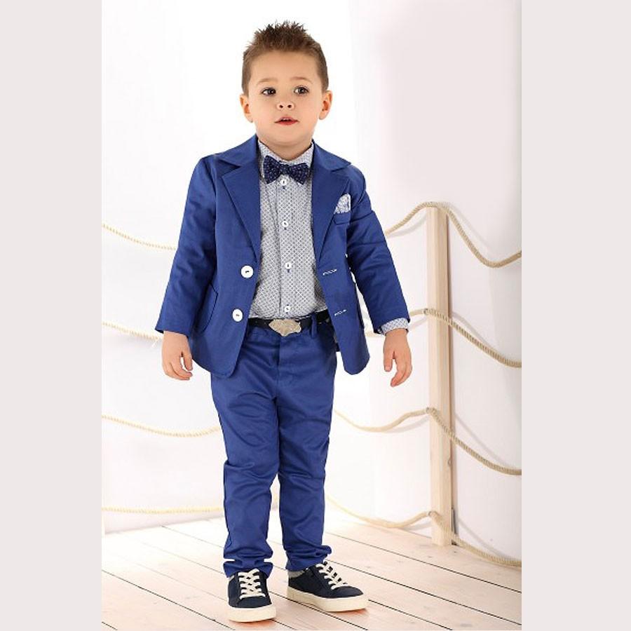 01de63fbcf4cd Błękitny garnitur dla chłopca z wysokogatunkowej bawełny.